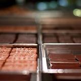 Une nouvelle adresse gourmande est à découvrir d'ici peu.  Vous pourrez retrouver toutes les gourmandises de chez Jean-Paul Hévin dans notre nouvelle boutique située 93 rue du Bac dans le 7ème à Paris.  • • • #jeanpaulhevin #maisonhévin #boutique #chocolat #ouvertureprochaine #meilleurouvrierdefrance